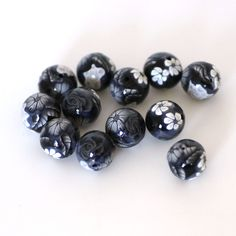 Black and White Polymer Clay Round Bead Dozen Made by tooaquarius