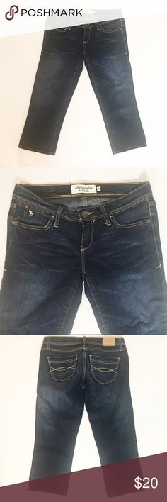 """Abercrombie & Fitch Stretch Capris Abercrombie & Fitch Stretch Capris. Size 00. 25"""" waist, 17 1/2"""" inseam, 25 1/2"""" length. 6 1/2"""" rise. All measurements taken laying flat without stretching. Abercrombie & Fitch Jeans Ankle & Cropped"""