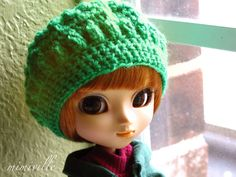Kelly Green slouchy beret for Pullip dolls {by mimiville on Etsy}