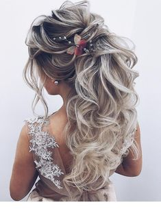 hair styles for long hair down hair styles simple wedding hair hair veil in wedding hair hair idea hair curly updo hair for bridesmaids Prom Hairstyles For Long Hair, Loose Hairstyles, Bride Hairstyles, Pretty Hairstyles, Hairstyles 2018, Updo Hairstyle, Bridal Braids, Bridal Hair, Medium Hair Styles