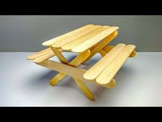 4 DIY Popsicle stick Chairs : Mini Furniture for kids Popsicle Stick Crafts For Adults, Diy Popsicle Stick Crafts, Popsicle Stick Houses, Ice Lolly Stick Crafts, Craft Sticks, Diy Barbie Furniture, Fairy Furniture, Ice Cream Stick Craft, Diy Picnic Table