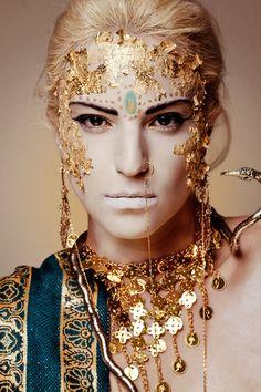 Dig the gold foil