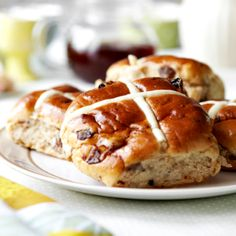 5 of the best gluten-free hot cross buns you can buy this Easter . Gluten Free Recipes m&s gluten free hot cross buns Cross Buns Recipe, Bun Recipe, Gluten Free Cooking, Dairy Free Recipes, Bread Recipes, Gf Recipes, Sweet Recipes, Recipies, Gluten Free Hot Cross Buns