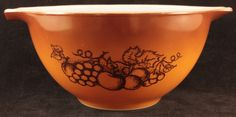 Vintage Pyrex Old Orchard 441 1.5 Pint Cinderella Mixing Bowl by BirdAvenueVintage on Etsy
