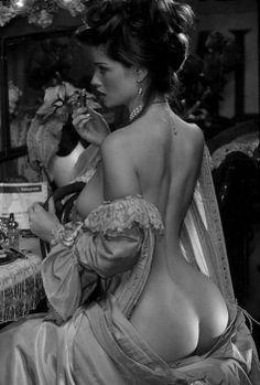 une cigarette madame la duchesse ?