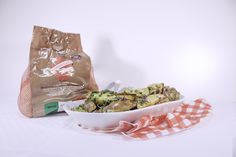 Patate grigliate all'erba cipollina e fiori di rosmarino - Grilled potatoes with chives and rosemary flowers #ricetta#recipe#patate#potatoes#erbacipollina#chives#rosmarino#rosemary#cibo#food#griglia#grilled#foto#photo#cucina#kitchen#cucinare#cook