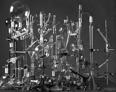 ABELARDO MORELL. Laboratory Glassware Construction, 2004