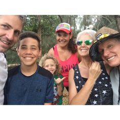 Yesterday was our last full day of Christmas Vacation with the fam. What do we do? Kayak and climb mountains!  #majorsxmas16 #hauulaloop #hauulalooptrail #hikeoahu #oahu #getoutside #christmasvacation #inspire #aloha #familyselfie #mud