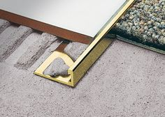 Carpet Cleaning Tips. Discover These Carpet Cleaning Tips And Secrets. You can utilize all the carpet cleaning tips in the world, and guess exactly what? You still most likely can't get your carpet as clean on your own as a pr Floor Design, Tile Design, House Design, Planchers En Chevrons, Steel Stairs, Tuile, Tile Trim, Stair Nosing, Detailed Drawings