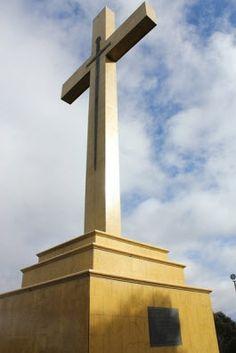 Memorial at Macedon Ranges Macedon Ranges, Cn Tower, Melbourne, Stuff To Do