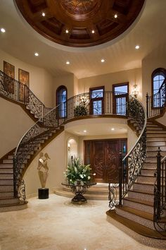 Twin staircase design is a classic that never fails in the grand Mediterranean Dream House Ideas Classic Design fails grand Mediterranean Staircase Twin Dream Home Design, My Dream Home, Luxury Home Designs, Double Staircase, Grand Staircase, Luxury Staircase, Grand Foyer, Grand Entrance, House Entrance