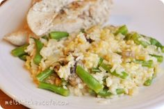 Cheesy skillet chicken and rice with green beans