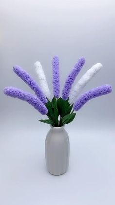 Paper Flowers Craft, Flower Crafts, Diy Flowers, Paper Crafts, Diy Crafts For Gifts, Diy Crafts For Home Decor, Dollar Tree Crafts, Diy Art, Craft Art