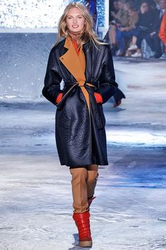 You'll Want Everything From H&M's New Fall Line #refinery29  http://www.refinery29.com/2015/03/83321/h-m-paris-fashion-week-show-review-fall-2015#slide-9  ...