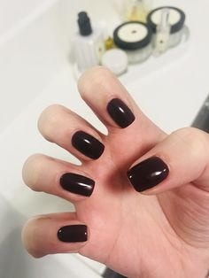 CND Shellac in Berry Boudoir perfect autumn shade.