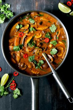 Mushroom Curry with Spinach & Chickpeas - thelastfoodblog.com #vegan #glutenfree #curry