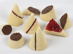 Play with your food - Sconic Sections by L. Marie, via Flickr
