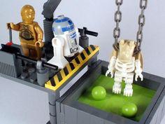 The Lonesome Death of Jar Jar Binks par Luke Chapman - Come visit us at www.hothbricks.com, www.lordofthebric... & www.brickheroes.com for up to date news about LEGO stuff