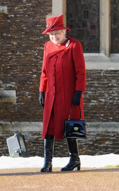 Queen Elizabeth II Photo - Royals Attend Christmas Day Service At Sandringham Die Queen, Hm The Queen, Royal Queen, Her Majesty The Queen, Save The Queen, Royal Uk, Rich & Royal, Queen And Prince Phillip, Prince And Princess
