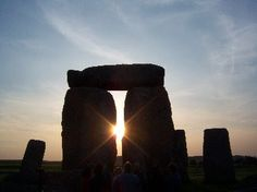 Light rays on solstice at Stone Henge