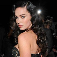 The old school pin-up girl hair, anyone see some Dita Von Teese? (via Megan Fox)
