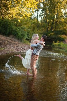 An Early Morning Dream Engagement Session Filled With Ponies, Cool Water
