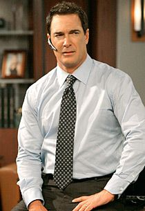 """Patrick Warburton as Jeff Bingham in """"Rules of Engagement"""" Purely for the emperors new groove and Seinfeld . Love his dead pan deep voice Patrick Warburton, Hot Dads, Beautiful Men Faces, Beautiful People, Emperors New Groove, Smart Men, Raining Men, Older Men, Hollywood Actor"""