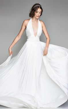 Courtesy of Willowby by Watters Wedding Dresses