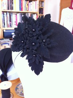 Mini pillbox hat with felt flower spray. #millinery #judithm #hats