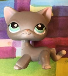 Littlest Pet Shop 126 Gray White Shorthair Standing Cat Kitty Grey LPS | eBay