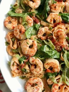 Shrimp Pasta with Spinach and Sundried Tomato Cream
