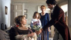 Kate Winslet, Greg Wise, Emma Thompson and Emilie François in Sense and Sensibility (1995)