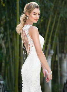 Свадебно платье от Kitty Chen с открытой спиной