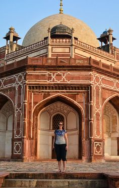 A tourist on a photography tour in Humayun's Tomb New Delhi #phototour