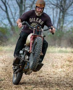 Brat Motorcycle, Motorcycle Garage, Cool Motorcycles, Harley Davidson Motorcycles, Tron Bike, Vintage Indian Motorcycles, Old School Chopper, Hot Bikes, Classic Bikes