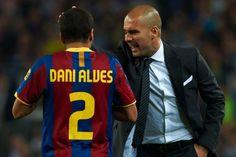 Pep Guardiola n'en veut pas à Dani Alvès ! - http://www.le-onze-parisien.fr/pep-guardiola-nen-veut-pas-a-dani-alves/