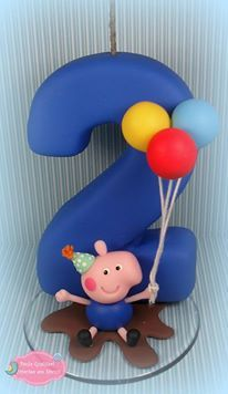 Paula Fernanda Gualtieri Number Cake Toppers, Fondant Cake Toppers, Number Cakes, Cupcake Cakes, Custom Candles, Diy Candles, Fondant Numbers, Birthday Souvenir, George Pig