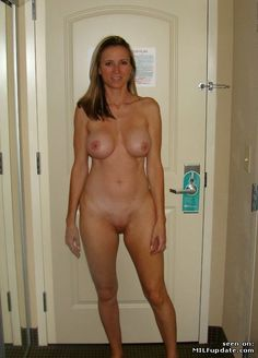 Little mama but naked pictures