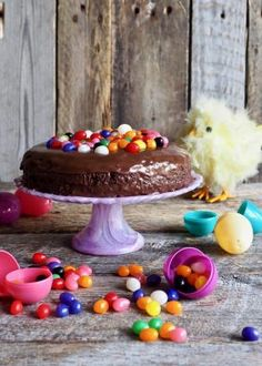 Enkel, liten sjokoladekake Birthday Cake, Pudding, Cookies, Desserts, Food, Crack Crackers, Tailgate Desserts, Deserts, Birthday Cakes
