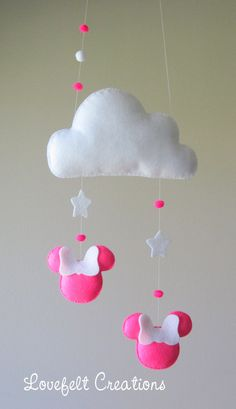 Baby mobile - Cloud mobile - Minnie mobile - Pink and white Mobile Felt Diy, Felt Crafts, Diy And Crafts, Cloud Mobile, Felt Mobile, Diy Y Manualidades, Diy Bebe, Baby Crib Mobile, Baby Cribs
