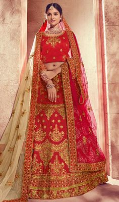 Pink Banarasi Jacquard Lehenga Choli with Zari Embroidery Lehenga Choli, Green Lehenga, Bridal Lehenga, Dresses Uk, Indian Dresses, Fashion Dresses, Choli Designs, Lehenga Designs, Pakistani Fashion Party Wear