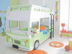 15 Cute Car Shaped Bed Designs for Kids Room : Gorgeous Bus Shaped Bunk Bed Design for Kids Bedroom with Small Staircase