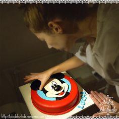 | MICKEY MOUSE CAKE | in progress… :) #mickeymousecake #MickeyCake #cakeDecoration #cakeDesign #bolosdeberlinde #coolinary