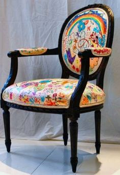 Cool decor idea for a kid's room: let them draw on their own chair! http://thestir.cafemom.com/home_garden/6847/drawing_on_the_furniture_on?utm_medium=sm_source=pinterest_content=thestir