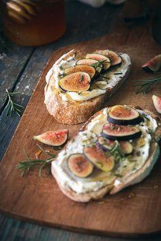 Fig, Rosemary, & Goat Cheese Tartines