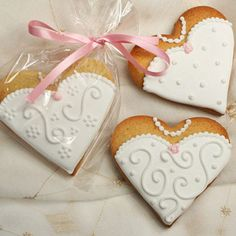 Wedding Cookies : Heart Bride Cookie Favour or Gift Logo Cookies, Iced Cookies, Sugar Cookies, Fancy Cookies, Heart Cookies, Valentine Cookies, Cute Cookies, Cupcake Cookies, Christmas Cookies