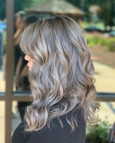 35 Gray Hair Color Ideas & Trends: Fades, Transitions and Bright Blonde, Blonde Color, Hair Color, Balayage Color, Balayage Hair, Curls Rock, Gray Hair Highlights, Color Rubio, Transition To Gray Hair
