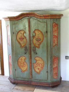 bavarian folk art furniture - Google Search