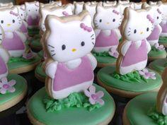 Hello Kitty 3D decorated cookies.  Galletas decoradas.