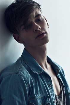 Nude model Robbie sex boy